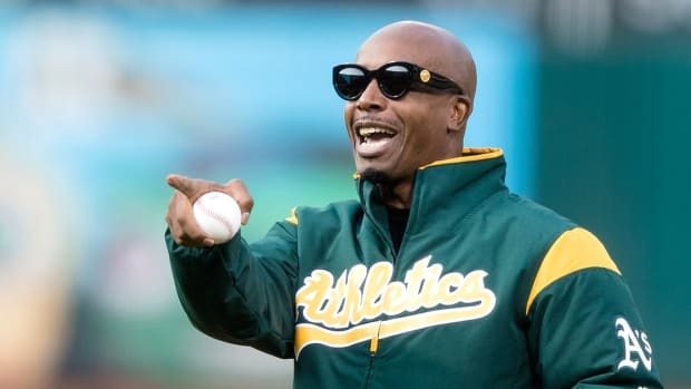 mc-hammer-hank-aaron-athletics