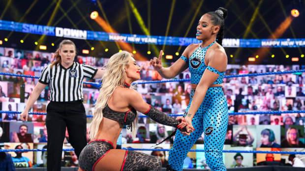 Bianca Belair wrestles Carmella on SmackDown