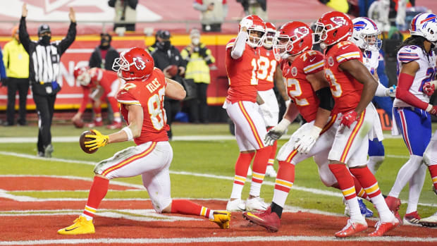 Travis Kelce celebrates a touchdown against the Bills in the AFC championship game.
