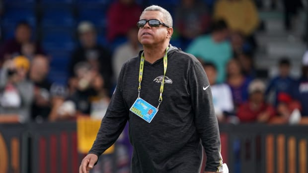 Ravens assistant David Culley coaches during a practice for the 2020 Pro Bowl.