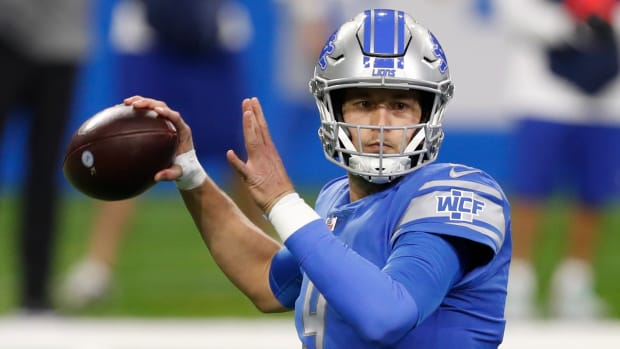 Matthew Stafford plays against the Minnesota Vikings on Jan. 3, 2021.