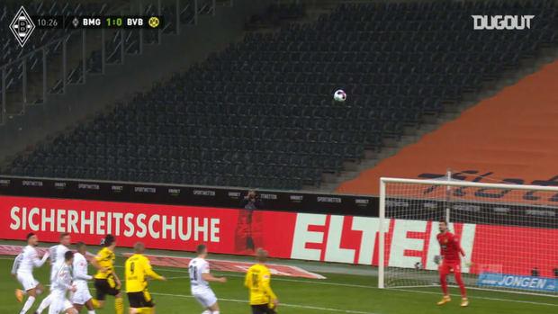 Gladbach beat Dortmund in six-goal thriller