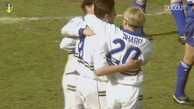White's incredible goal helps Leeds beat Everton