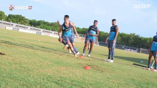 Vasco train ahead the derby against Flamengo