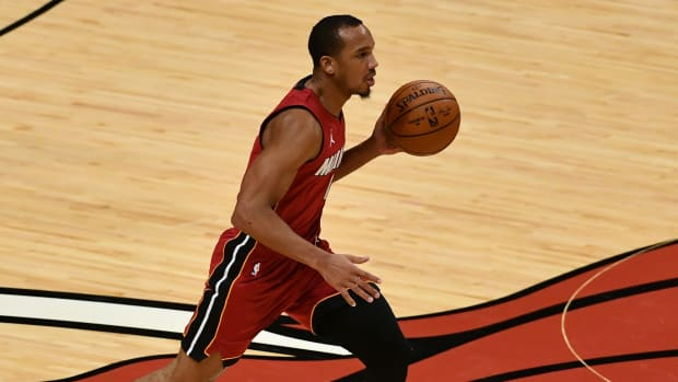 Heat guard Avery Bradley dribbles against the Pelicans at American Airlines Arena.
