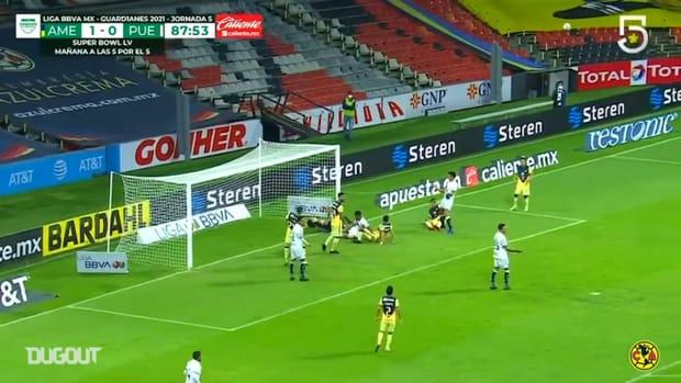 Ochoa's impressive save and clearance vs Puebla