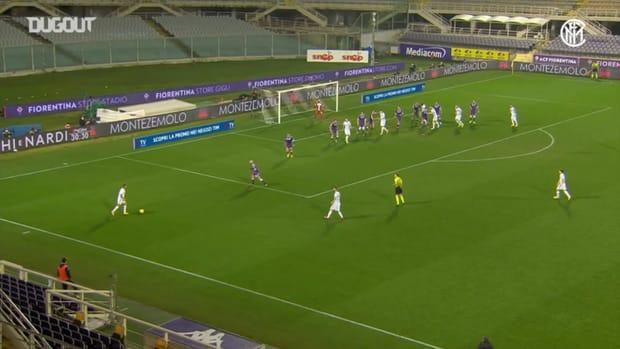 Barella's great curler against Fiorentina