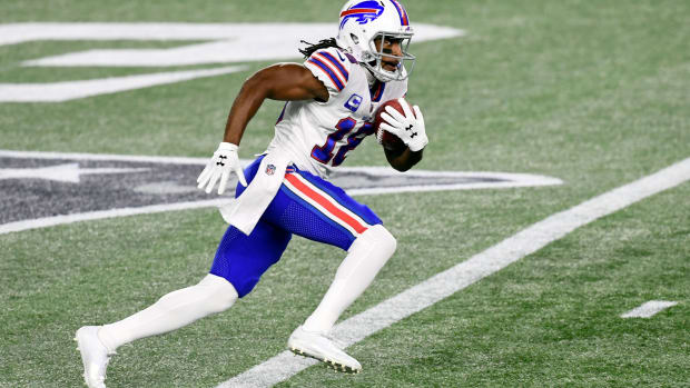 Bills returner Andre Roberts (18) in action against the New England Patriots at Gillette Stadium.