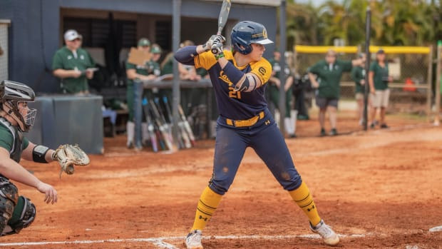 Cal sophomore Makena Smith at the plate