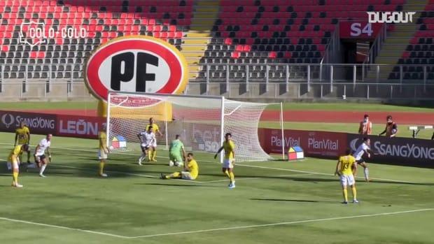 Pablo Solari's incredible solo goal for Colo-Colo to stay up