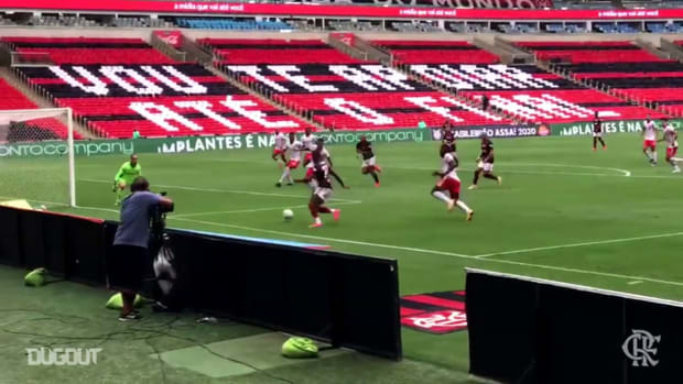 Flamengo's victory against Internacional at Maracanã