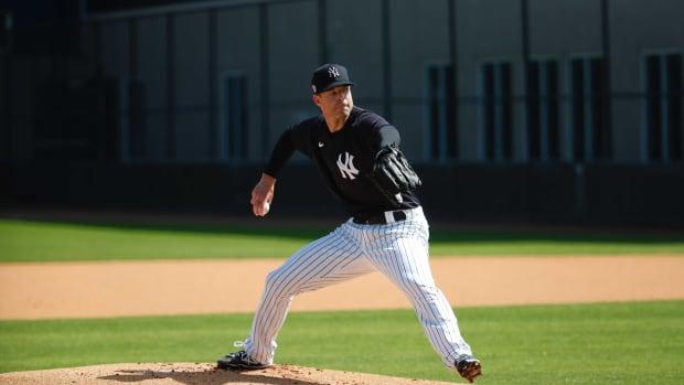 Yankees SP Corey Kluber in live BP
