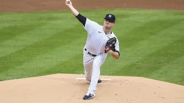 Yankees SP Clarke Schmidt pitching at Yankee Stadium