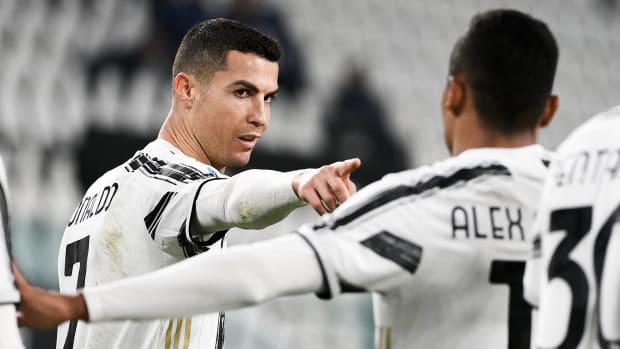 Cristiano-Ronaldo-Goals-Juventus-Crotone