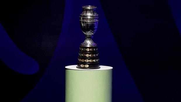 Copa-America-Trophy