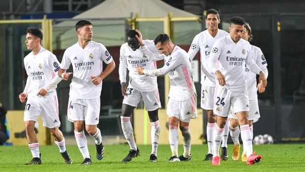 Real Madrid celebrates Ferland Mendy's goal vs. Atalanta in Champions League