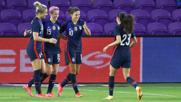 The USWNT routs Argentina in the SheBelieves Cup