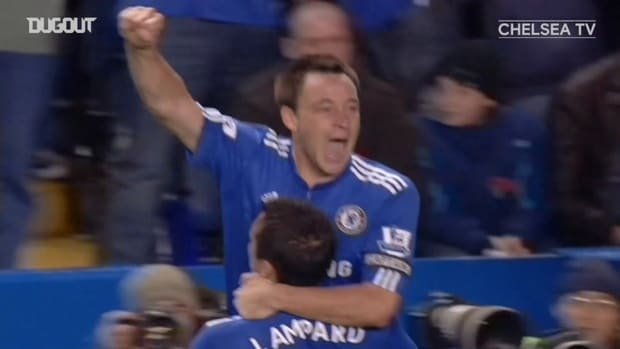 Captain Terry heads home to beat Manchester United