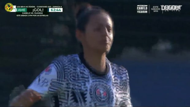 América Femenil score three goals in less than five minutes to win the Clásico Capitalino