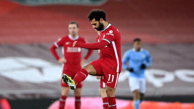 Mohamed Salah frustrated as Manchester City score