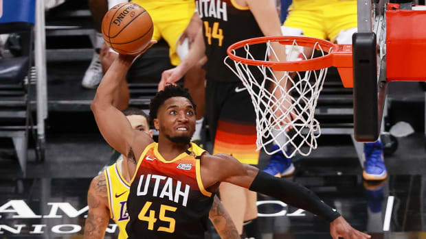 donovan-mitchell-jazz-power-rankings-dunk