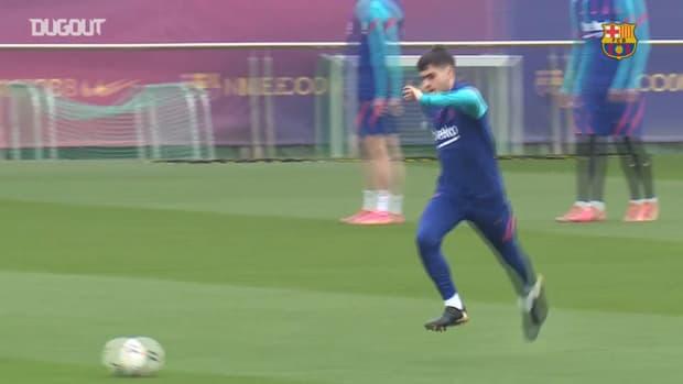 Barcelona's last training session before facing Sevilla