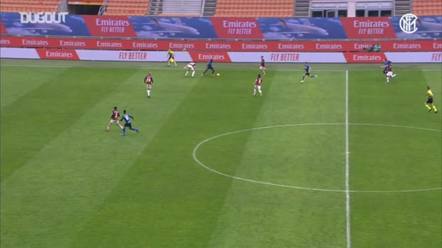 Lautaro finishes off an amazing team move