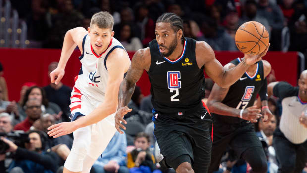 Dec 8, 2019; Washington, DC, USA; Los Angeles Clippers forward Kawhi Leonard (2) dribbles up the court during the second quarter against the Washington Wizards at Capital One Arena. Mandatory Credit: Tommy Gilligan-USA TODAY Sports