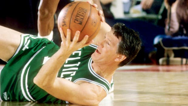 1985-john-havlicek-nba-legends079113669