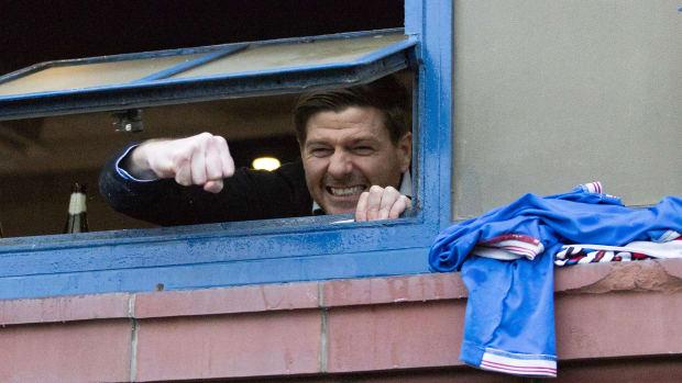 Steven-Gerrard-Rangers-Title