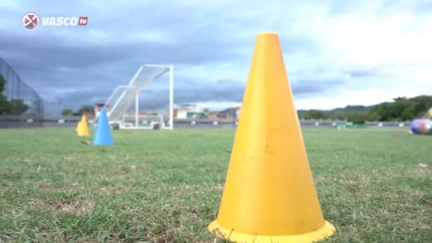 Marcelo Cabo's first training session with Vasco