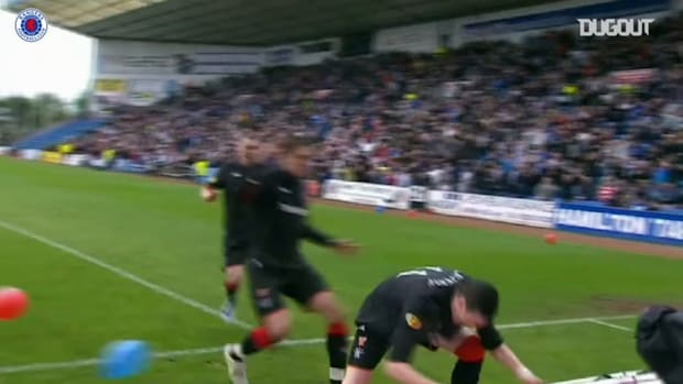 Lafferty hat-trick seals title win for Rangers