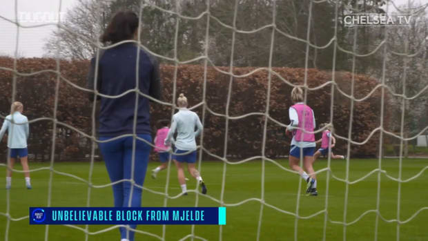 Chelsea Women train before Atlético second leg
