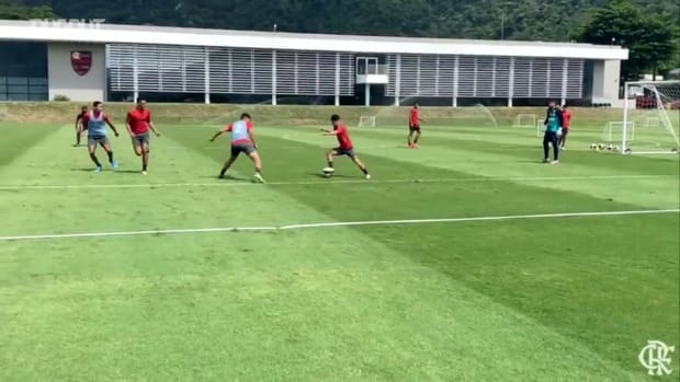Flamengo training session at Ninho do Urubu