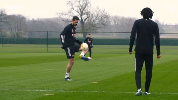 Behind the scenes: Arsenal train hard before Olympiacos clash