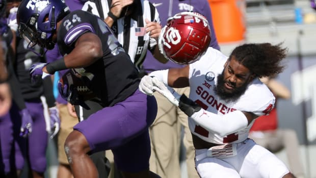 Bookie Radley-Hiles has transferred from Oklahoma to the UW.