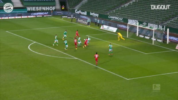 Müller's superb control and assist for Gnabry vs Werder Bremen