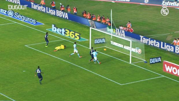 Marcelo's goal against Celta from the 2015/16 season