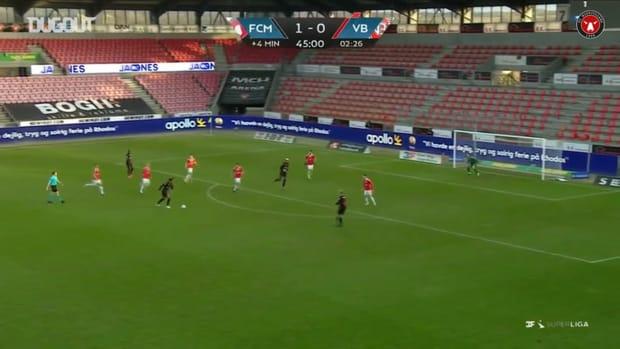 Jens Cajuste fires home vs Vejle