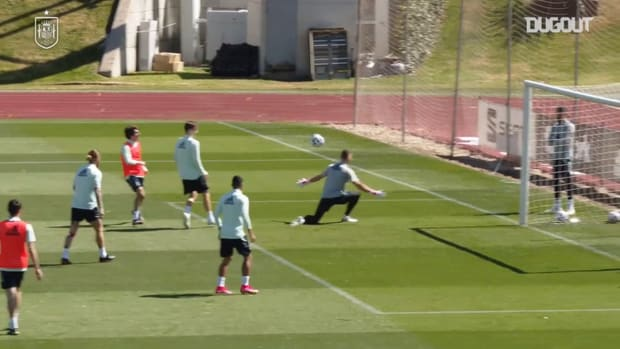 Best moments from Spain training