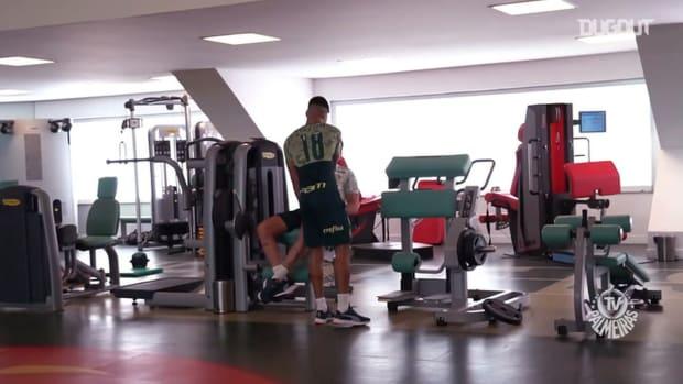 Danilo Barbosa's first day at Palmeiras