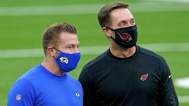 Los Angeles Rams coach Sean McVay, left, and Arizona Cardinals coach Kliff Kingsbury