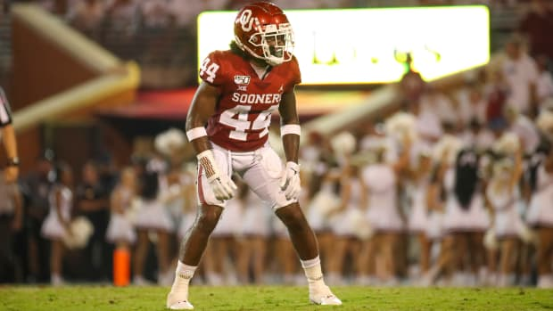 Sep 1, 2019; Norman, OK, USA; Oklahoma Sooners defensive back Brendan Radley-Hiles (44) in action during the game against the Houston Cougars at Gaylord Family - Oklahoma Memorial Stadium. Mandatory Credit: Kevin Jairaj-USA TODAY Sports