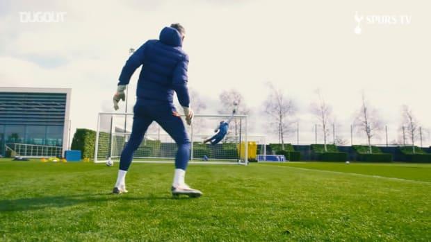 Training focus: Joe Hart in Tottenham training