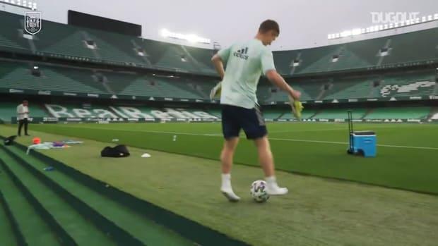 Match-winner Dani Olmo's barefoot skill in training