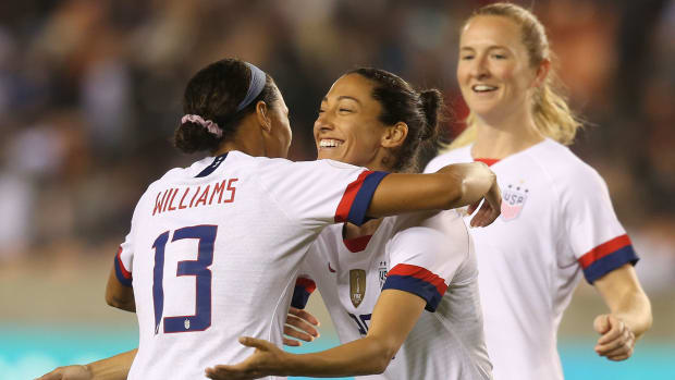 Press-Goal-USWNT-Haiti-Olympic-Qualifying