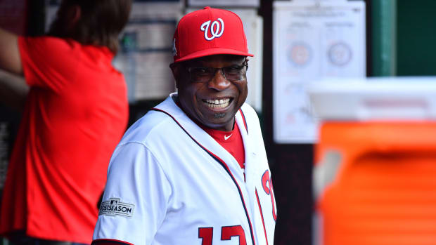 Dusty Baker managing the Washington Nationals in 2017.