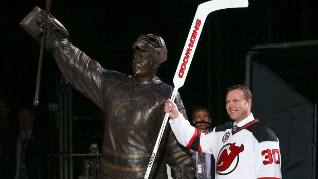 martin-brodeur-devils-wins-record
