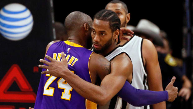 Kawhi Leonard said he uses the same helicopter program as Kobe Bryant.