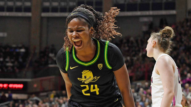 oregon-beats-uconn-womens-basketball-gampel